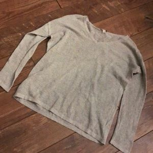 GAP Designed/Crafted Gray Mesh Vneck Sweater M